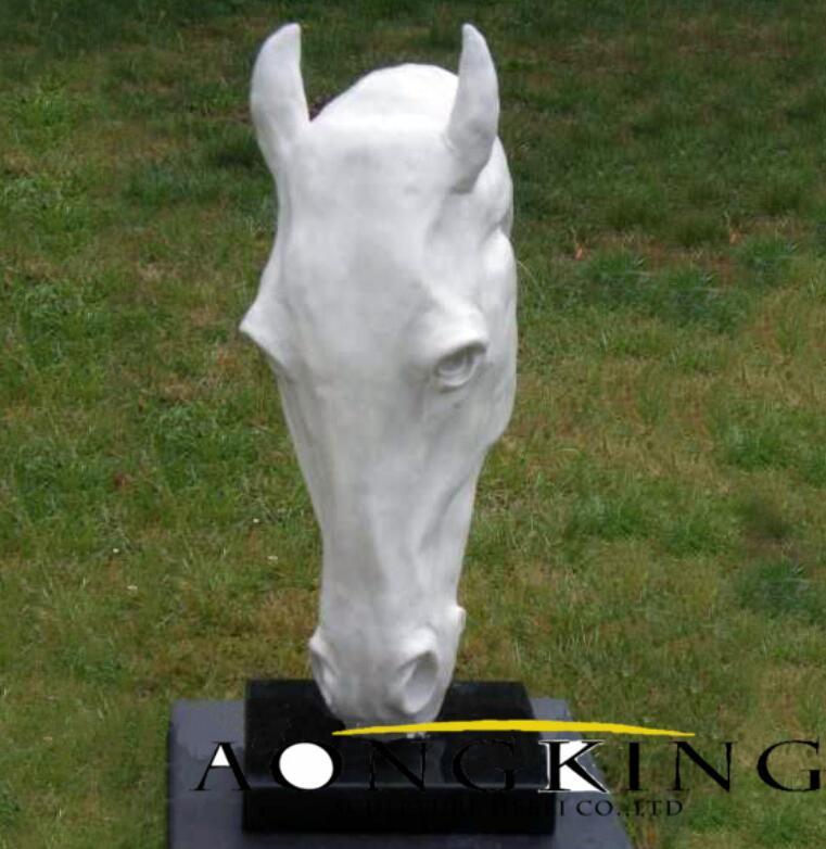 garden sculpture ideas horse head