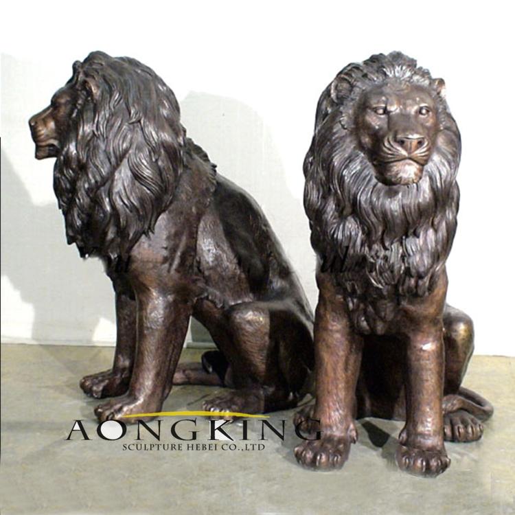 metal lions statue
