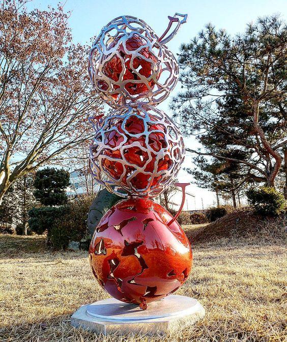 decoration sculpture metal apple