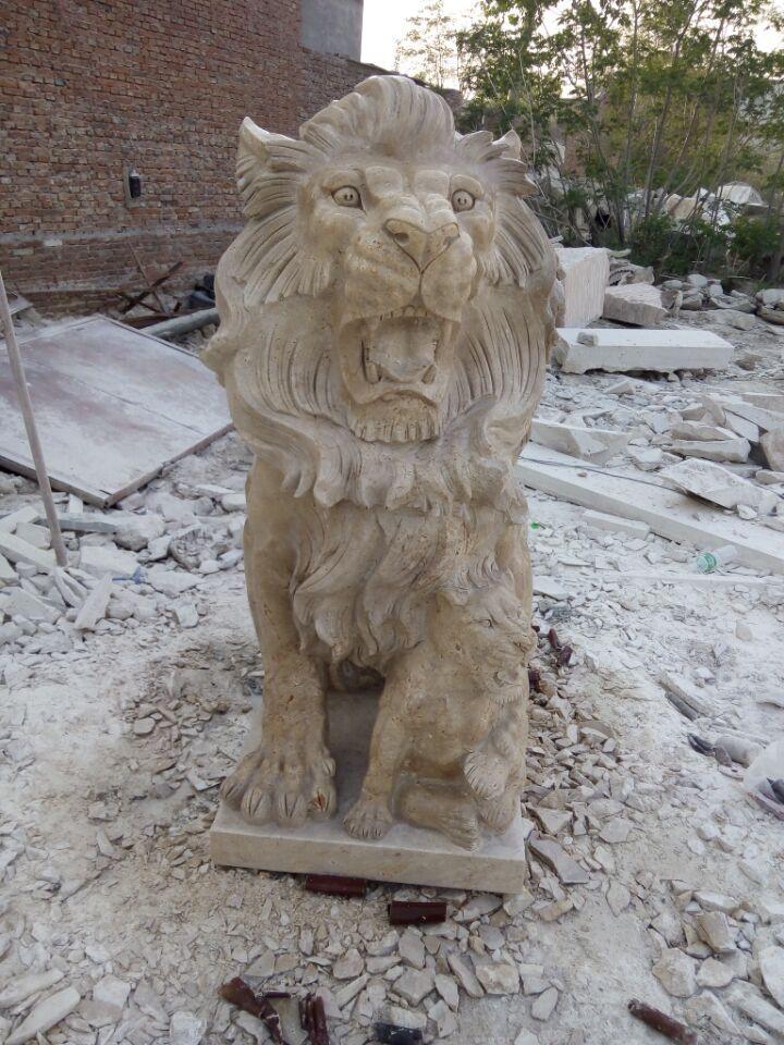 lion statues marble