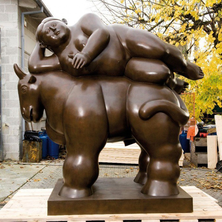 Bronze sculpture of botero