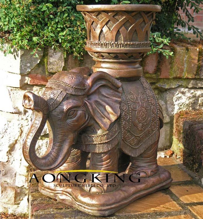Flowerpot with elephant base