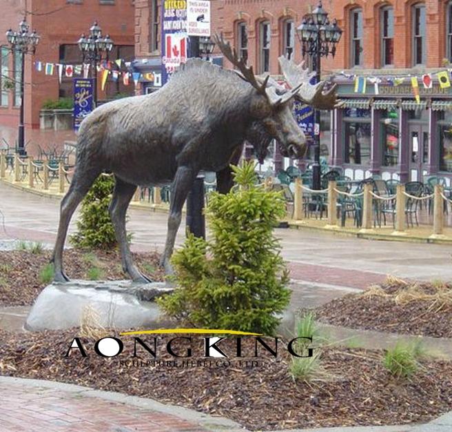 Huge moose statue