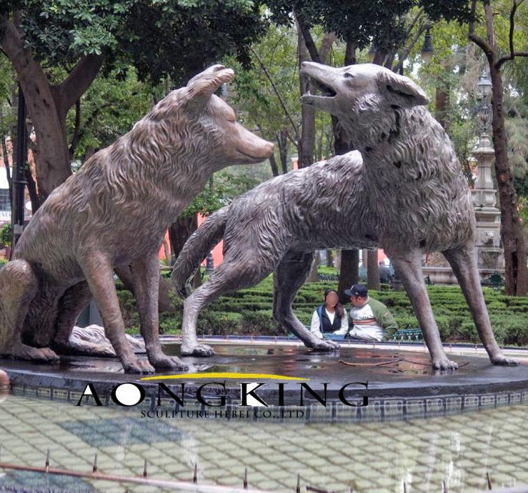 Life size animal sculpture bronze wolf statue