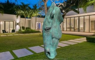 Horse head bronze statue