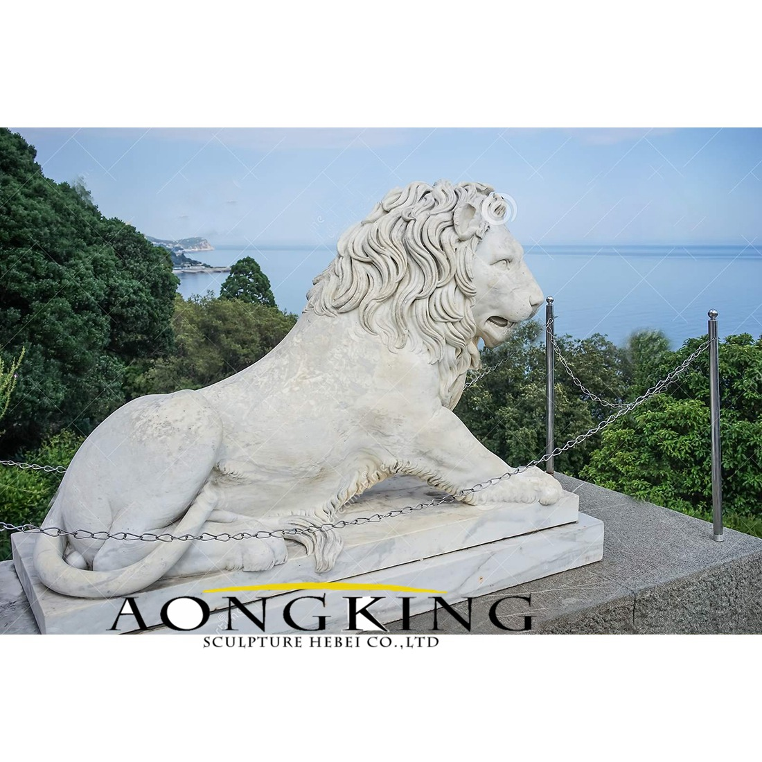 Outdoor large size lying marble lion statue