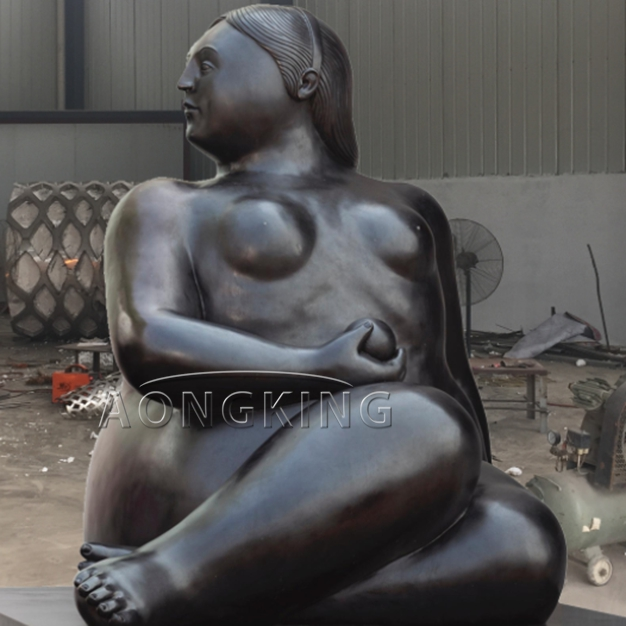 Fernando botero statue of the fat lady