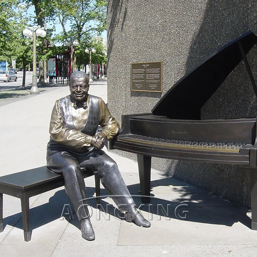 Metal piano bronze sculpture