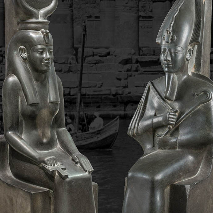 egyptian two people sitting statues