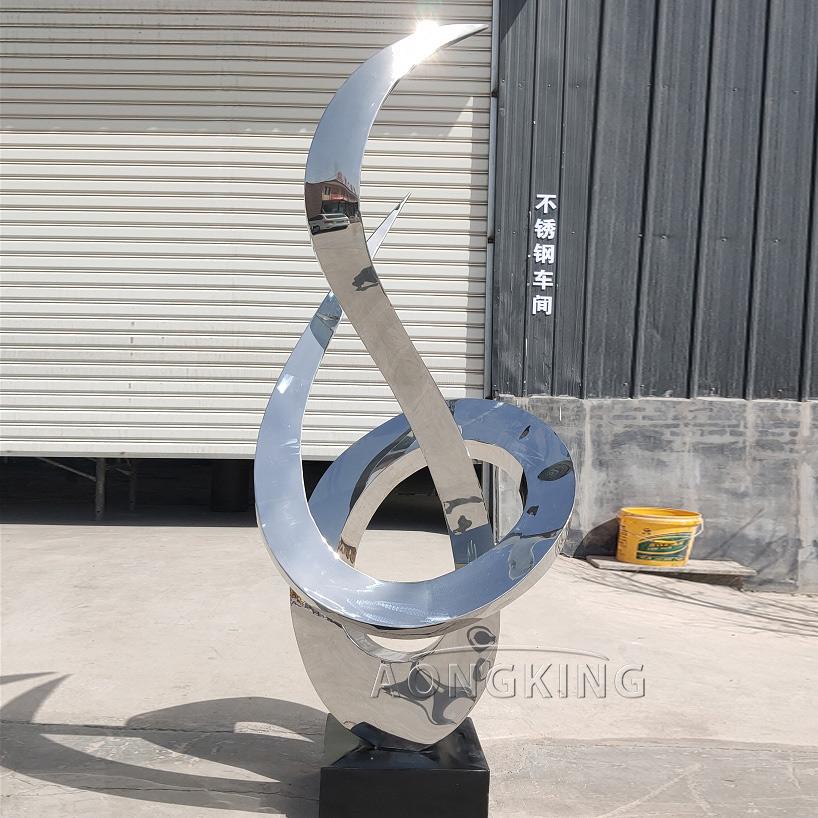 custom strainless steel sculptures for garden